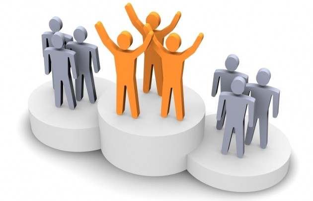 difference between evaluating team and individual performance A high-performance work team refers to a group of goal-focused individuals  with  regular evaluation of both individual and team performance, high levels of  respect  people begin to appreciate their differences and start to work together.